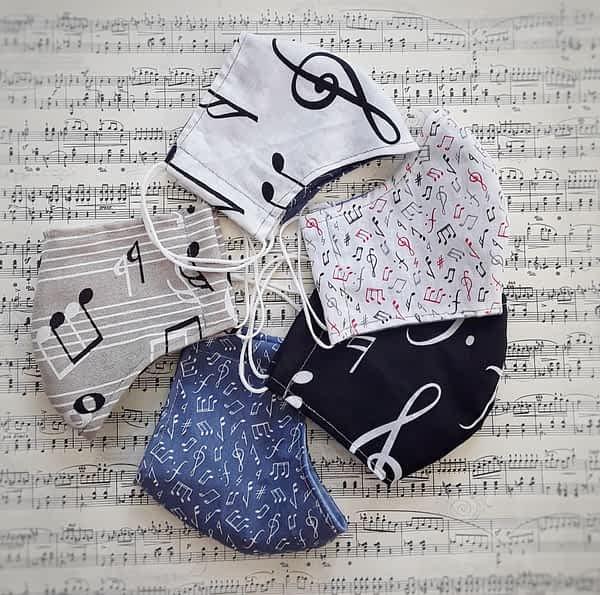Nadeen Art Set Masks with Musical Notes